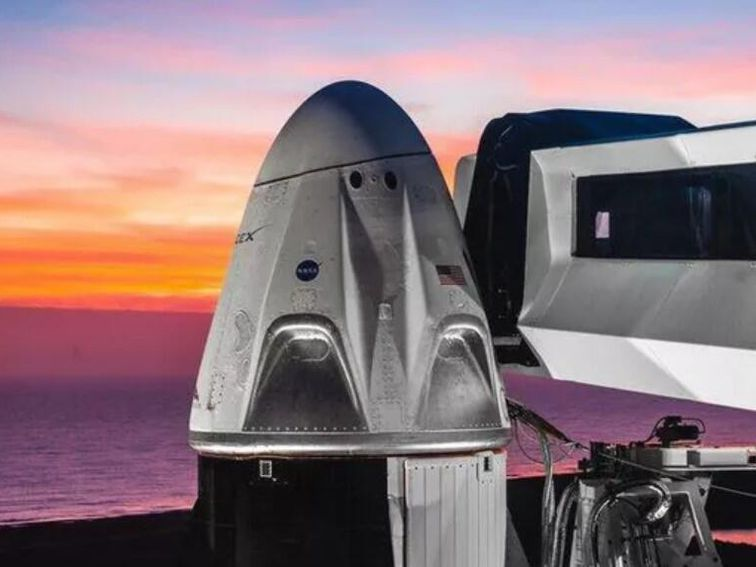 Elon Musk shows what Crewed Dragon's first mission should look like
