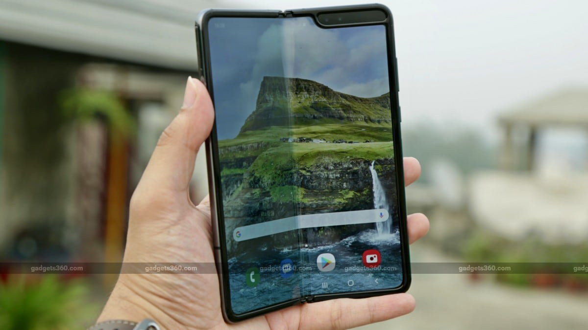 Samsung`s Galaxy Fold 2 may have foldable glass display; Check price, features