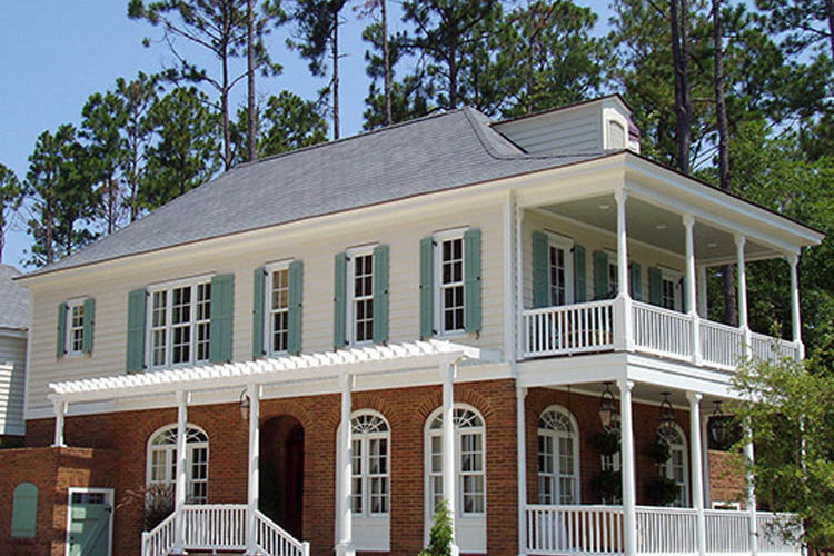 How to choose wooden shutters on a budget?